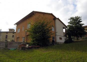 villa-centro-cavriglia-1